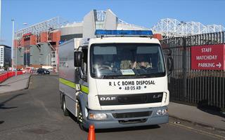 Manchester: Alarm bombowy kosztował United 17 milionów
