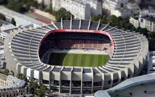 Paryż: Zlatan dostanie trybunę na Parc des Princes?