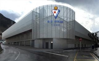 Nowy stadion i projekt: Dom hiszpańskiego kopciuszka pięknieje