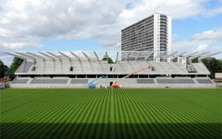 Belgia: Trybuna w pół roku, tak to robią w Leuven