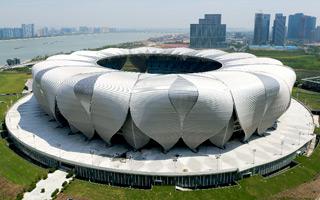 Chiny: Gigant gotowy, ale bez otwarcia