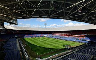 Rotterdam: Wszyscy kibice Feyenoordu za siatką