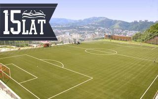 Nowy stadion: Wykuty w skałach Caracas