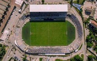 Kosowo: Węgry pomogą ukończyć stadion narodowy w Prisztinie