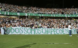 Kolumbia i Brazylia: Zapełnili stadiony dla Chapecoense