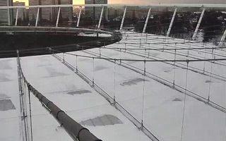 Chorzów: Pierwsze tony śniegu zrzucone z dachu