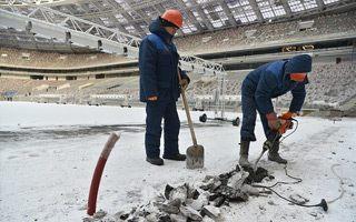 Moskwa: Prace i odbiory trwają przy -30