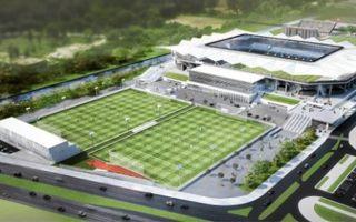 Warszawa: Legia może budować boiska przy Łazienkowskiej
