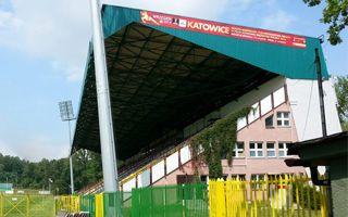 Katowice: Doraźne poprawki na Bukowej w cieniu nowego stadionu