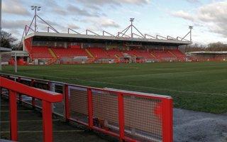 Nowe stadiony: Crawley, Southport, Ashton i Matlock