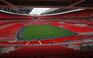 Turnieje pokerowe na największych stadionach świata