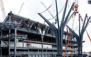 """Londyn: Tottenham pochwalił się pięknem """"drzew"""""""