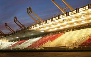 Kraków: Cracovia tnie stadion, ale nie uderzy w chuliganów