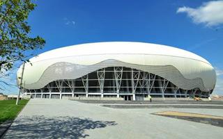 Nowy stadion: Ion Oblemenco zamknięty w jajku