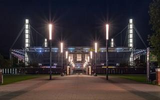 Kolonia: Stadion większy, ale nie można wpuścić więcej widzów