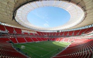 Brazylia: Narodowy stadion już nie dla piłki