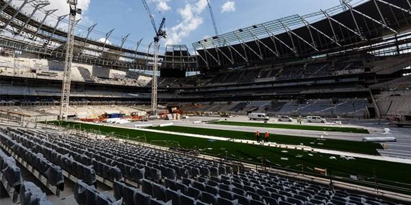 Londyn: Wyjątek dla Tottenhamu, budowa pędzi