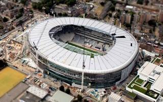 Londyn: Wpadka na Tottenhamie, 15 tysięcy krzesełek do wymiany