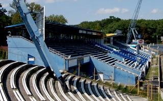 Tarnów: Przebudowa stadionu skazana na zapomnienie?