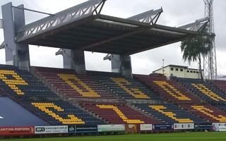Szczecin: Lifting na stadionie, przetarg potrwa dłużej