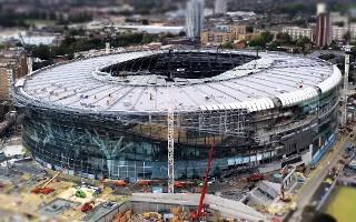 Londyn: 80 godzin pracy w tygodniu, to realia na budowie Tottenhamu