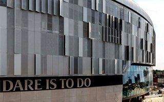 Londyn: Dłuższe oczekiwanie na otwarcie Tottenhamu