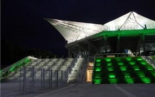 Warszawa: Warsaw Arena przy Łazienkowskiej?