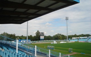 Płock: Mniej chętnych na budowę stadionu niż oczekiwano