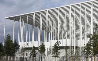Bordeaux: Stadion piękny, ale straty ogromne