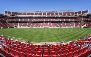 Kalifornia: Porażka za porażką, Levi's Stadium znów z kłopotami