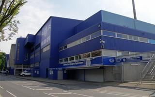 Londyn: Właściciel QPR grozi przeniesieniem klubu
