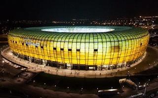 Gdańsk: Stadion Energa przechodzi w całości na LED