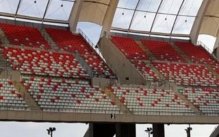 Włochy: Stadion Bari wreszcie przybiera barwy klubu