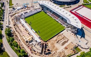 Łódź: Stadion ŁKS na pół roku przed terminem