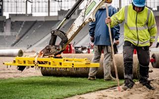 Szczecin: Nowe boisko zaczęło się zielenić