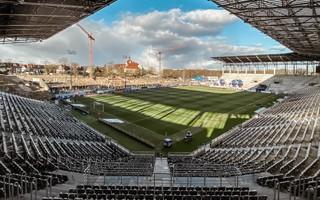 Szczecin: Tylko Pogoń może być operatorem stadionu?