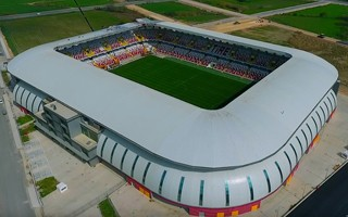 Turcja: Zbudowali nowoczesny stadion, tylko nie ma tu kto grać