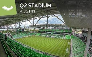 Nowy stadion: Zadarty kapelusz z Teksasu