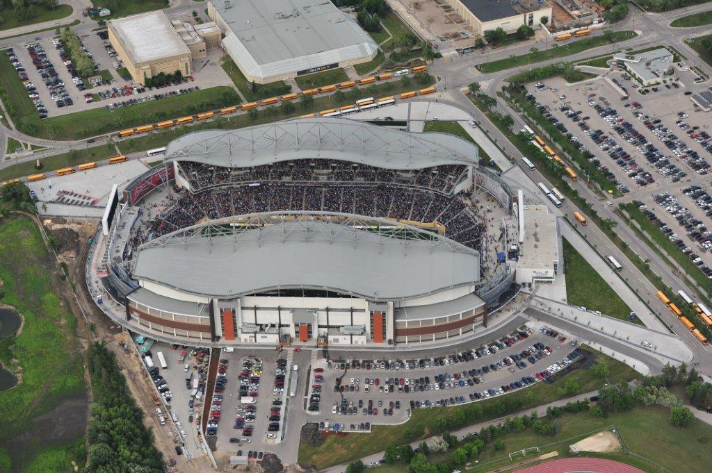 Investors group field stadiony net