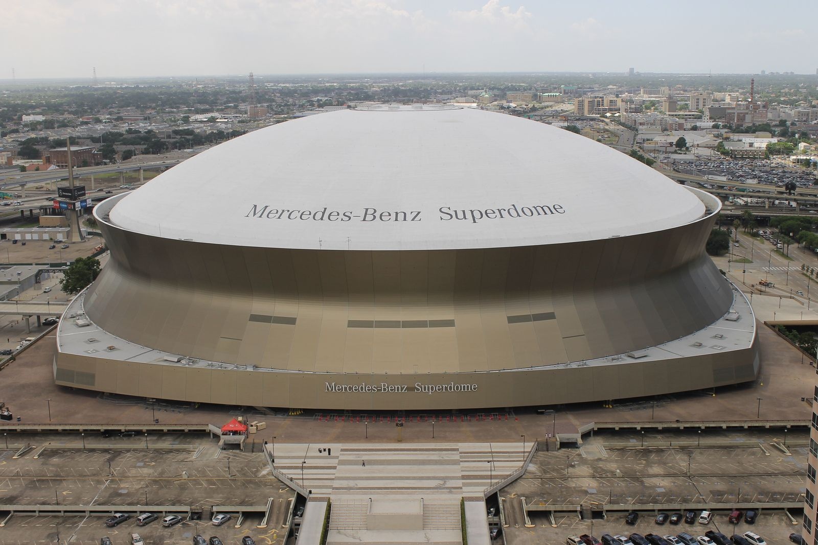 Mercedes benz superdome for Where is the mercedes benz superdome